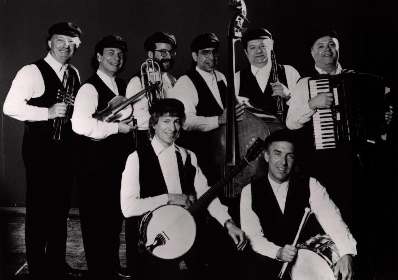 Klezmer Band Los Angeles,Accordion,Clarinet,Violin,Banjo,Trombone,Trumpet,Bass